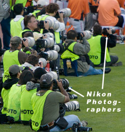 how to become an mlb photographer